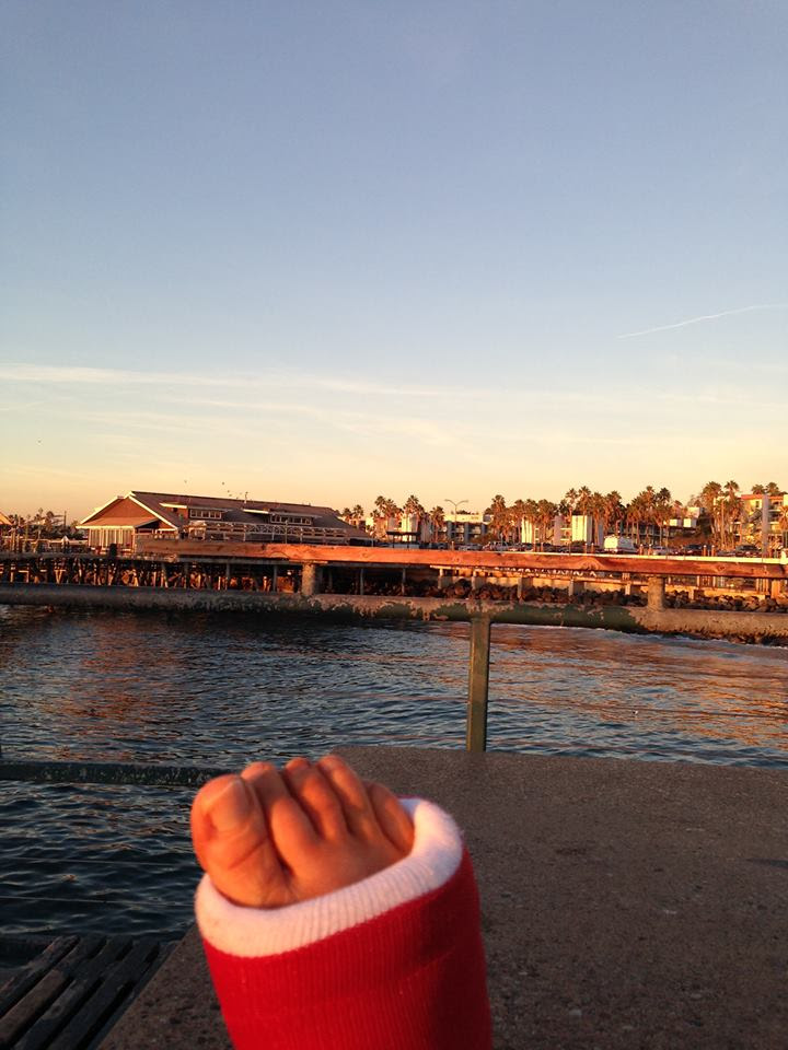 holiday-foot-at-pier